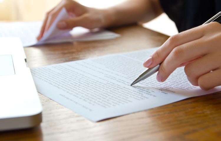 Traduzione e revisione testi